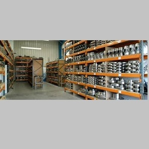 Stockist of Fittings & Flanges